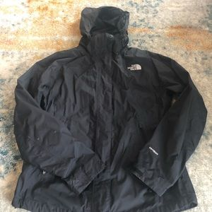 The North Face outer shell jacket. Size M.